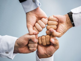 Une équipe agile, collaborative et solidaire